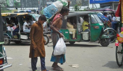 Bangladesz artykuł2 SOM-4