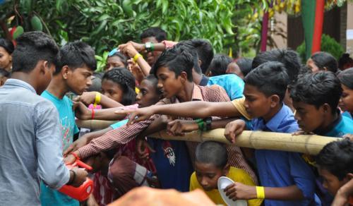 Bangladesz artykuł2 SOM-8